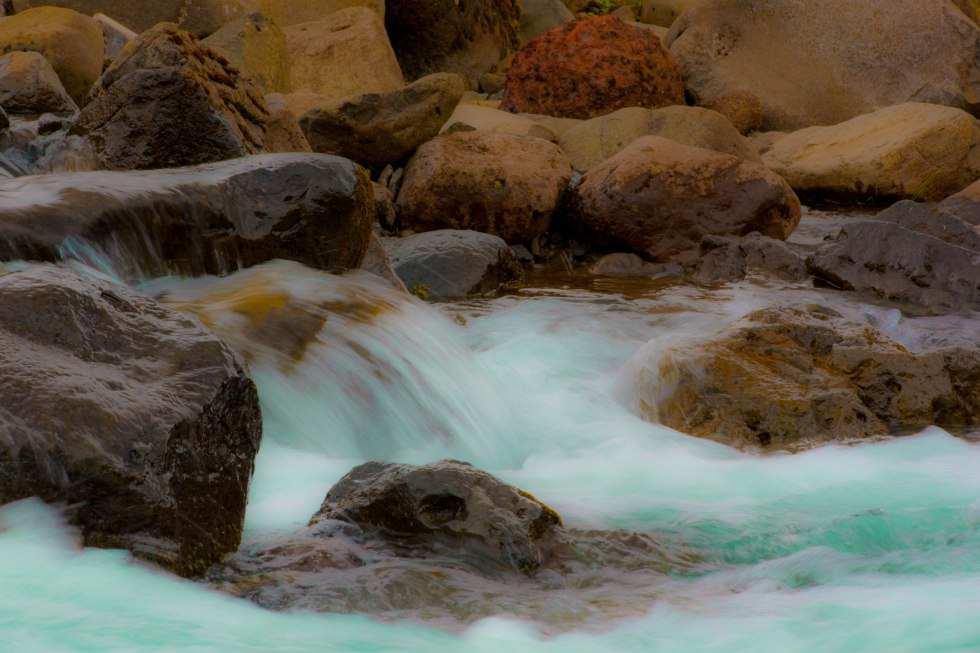 flowing river (8 of 1)